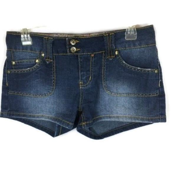 YMI Pants - YMI Size 16 Shorts Stretch Denim Medium Wash Booty